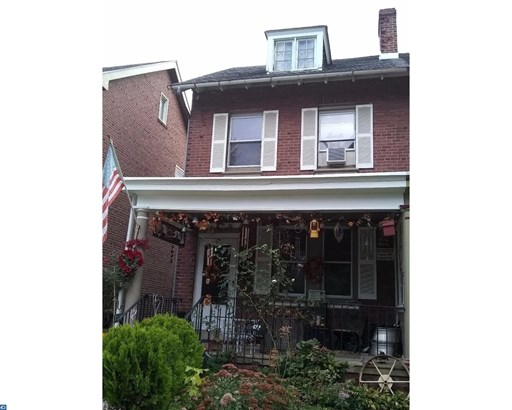 Semi-Detached, EndUnit/Row - NORRISTOWN, PA (photo 2)
