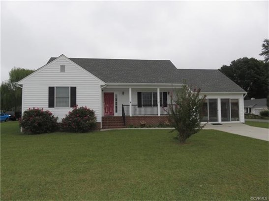 2-Story, Single Family - Tappahannock, VA (photo 1)