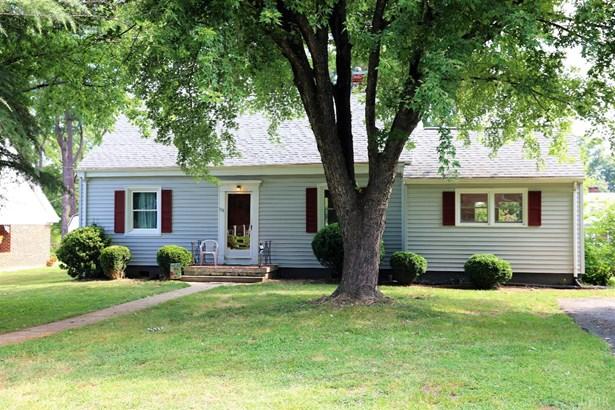 Cape Cod, Single Family Residence - Brookneal, VA (photo 3)