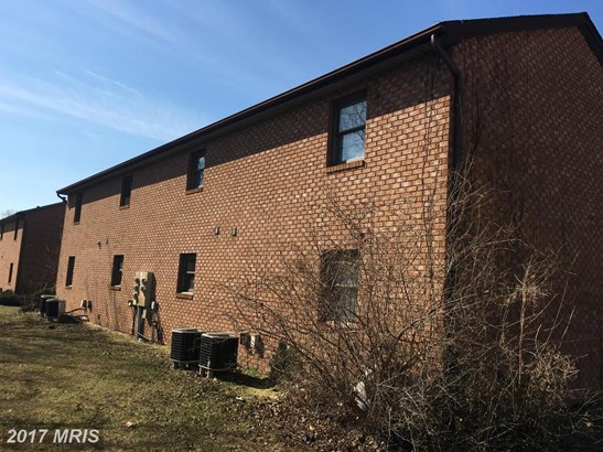 Multi-Family - MARTINSBURG, WV (photo 5)