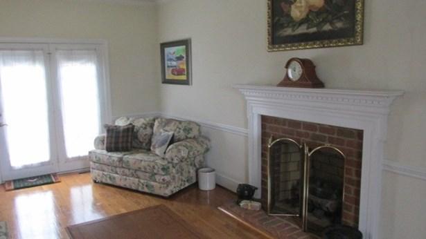 2 Story, Single Family - South Boston, VA (photo 4)