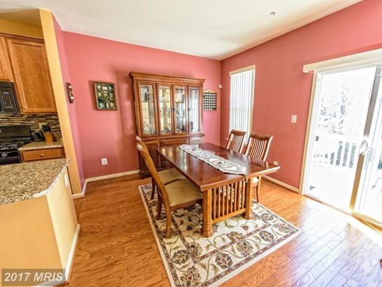 Townhouse, Arts & Crafts - WOODBRIDGE, VA (photo 3)