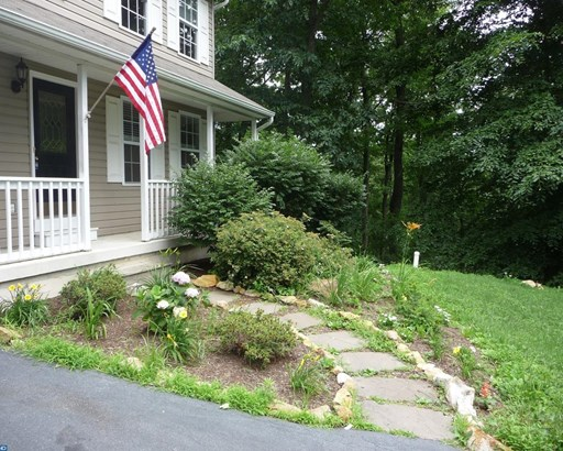 Colonial, Detached - HONEY BROOK, PA (photo 3)