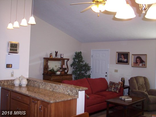 Contemporary, Detached - BUNKER HILL, WV (photo 3)