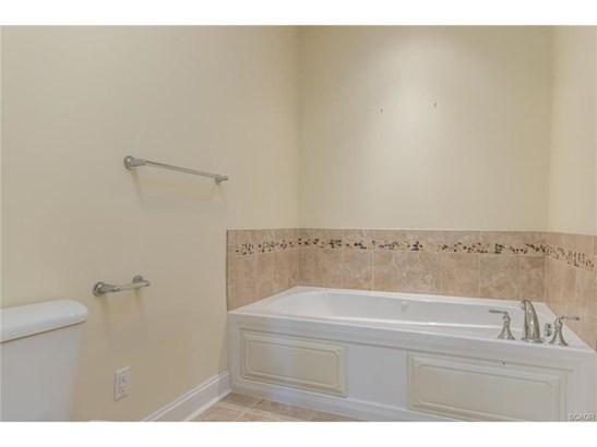 Condo/Townhouse, Flat/Apartment - Millsboro, DE (photo 5)