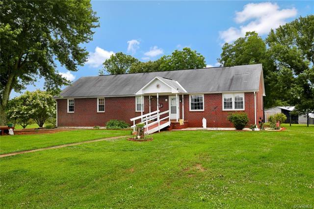 Ranch, Single Family - Dillwyn, VA