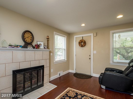 Colonial, Detached - CHEVERLY, MD (photo 5)