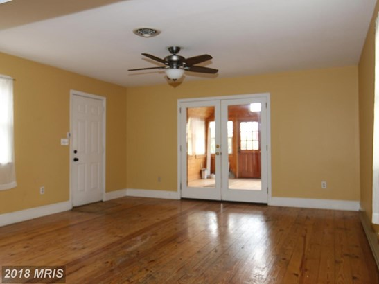 Colonial, Detached - HEDGESVILLE, WV (photo 3)