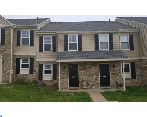 Row/Townhouse, Traditional - BLUE BELL, PA (photo 1)