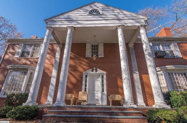 Colonial, Detached - STAUNTON, VA (photo 3)