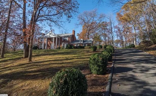 Colonial, Detached - STAUNTON, VA (photo 5)