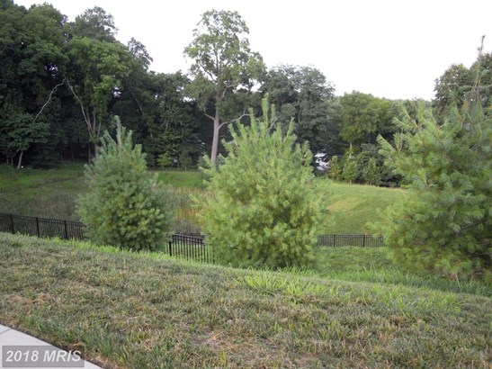 Townhouse, Contemporary - LUTHERVILLE TIMONIUM, MD (photo 3)