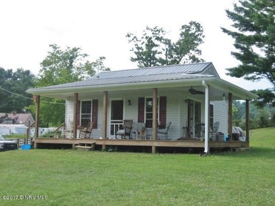 Bungalow/Cottage, Detached - Floyd, VA (photo 1)