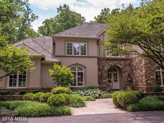 Detached, French Provincial - MCLEAN, VA (photo 1)