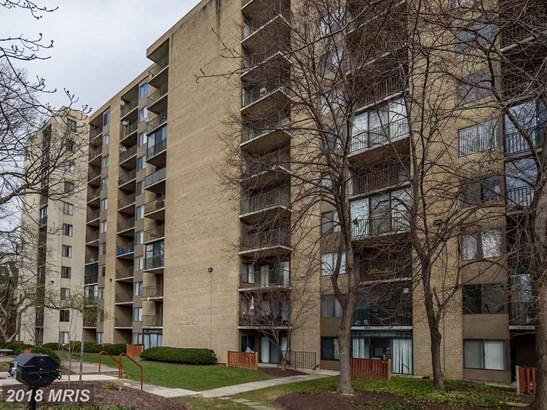 Hi-Rise 9+ Floors, Colonial - HYATTSVILLE, MD (photo 2)