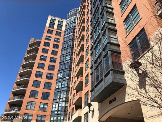 Hi-Rise 9+ Floors, Contemporary - RESTON, VA (photo 1)