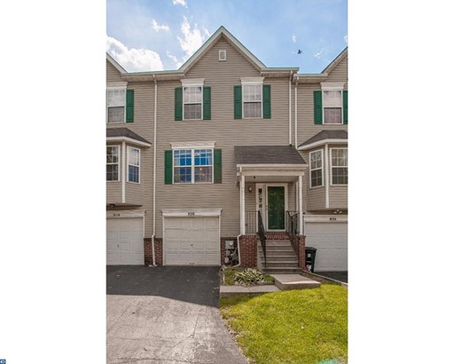 Colonial, Row/Townhouse/Cluster - KING OF PRUSSIA, PA (photo 2)