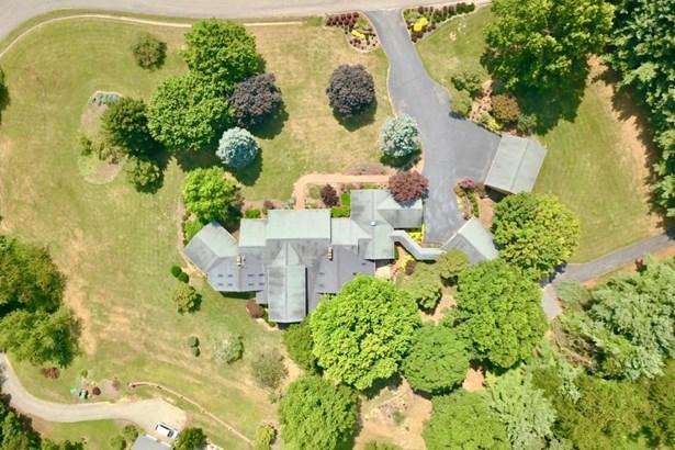 Residential, Ranch - Christiansburg, VA (photo 5)