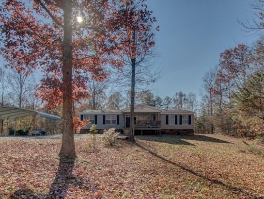 Single Family Residence, Doublewide - Nathalie, VA