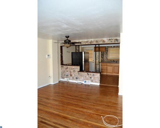 Row/Townhouse, Colonial - NORRISTOWN, PA (photo 3)
