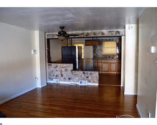 Row/Townhouse, Colonial - NORRISTOWN, PA (photo 4)