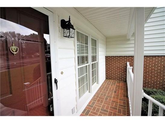 Condo/Townhouse, Rowhouse/Townhouse - South Hill, VA (photo 3)
