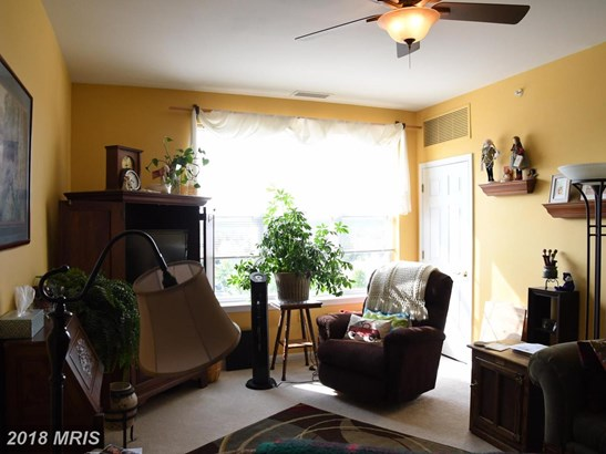 Garden 1-4 Floors, Traditional - BOYDS, MD (photo 4)
