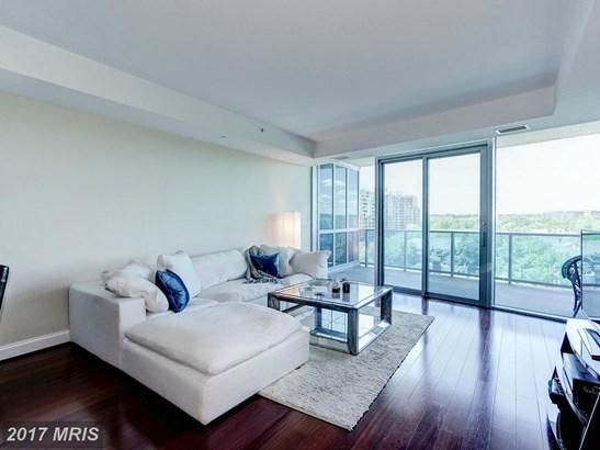 Hi-Rise 9+ Floors, Contemporary - ARLINGTON, VA (photo 5)