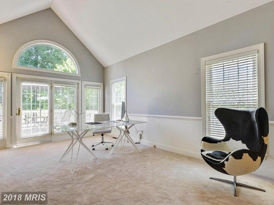 Townhouse, Carriage House - CHANTILLY, VA (photo 4)