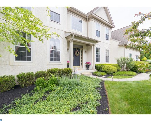 Colonial, Detached - DOWNINGTOWN, PA (photo 2)