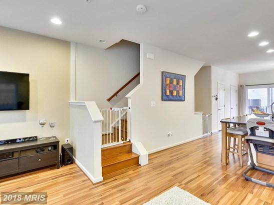 Townhouse, Traditional - CLARKSBURG, MD (photo 5)