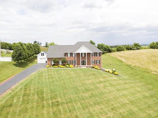 Residential, 2 Story - Fincastle, VA (photo 1)