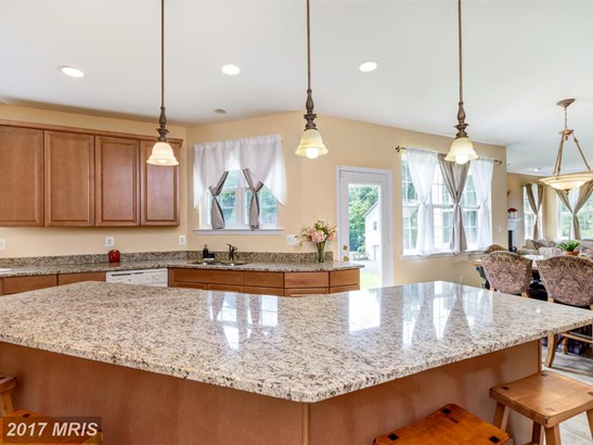 Colonial, Detached - HUNTINGTOWN, MD (photo 5)