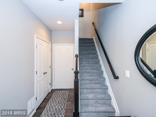 Townhouse, Contemporary - OXON HILL, MD (photo 5)
