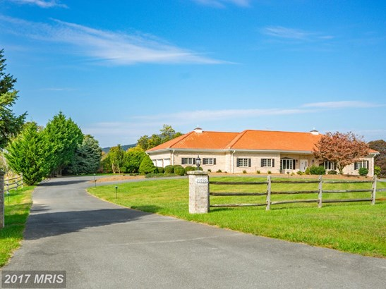 Traditional, Detached - DICKERSON, MD (photo 1)