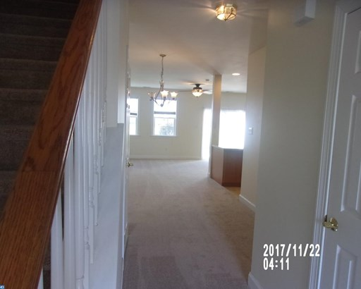 Row/Townhouse/Cluster, Traditional - HONEY BROOK, PA (photo 3)