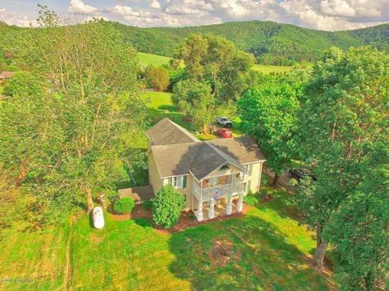 Farm House, Detached - Christiansburg, VA (photo 4)