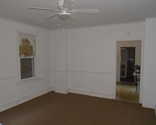 Semi-Detached, Colonial - CHESTER, PA (photo 5)
