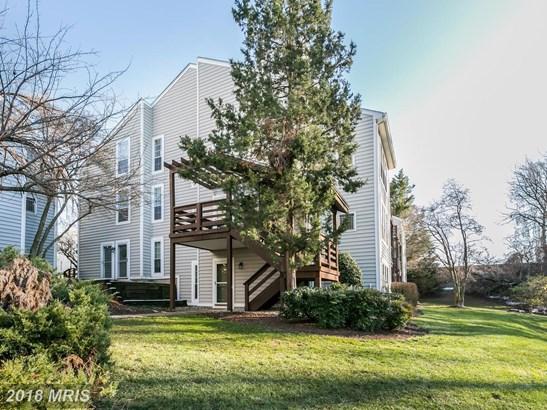 Garden 1-4 Floors, Contemporary - OAKTON, VA (photo 1)