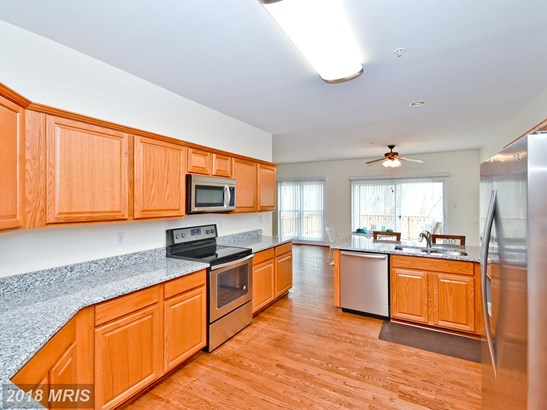 Townhouse, Contemporary - BOWIE, MD (photo 2)
