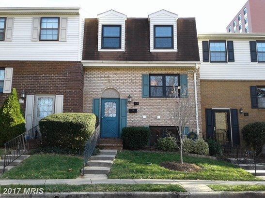 Townhouse, Contemporary - TOWSON, MD (photo 1)