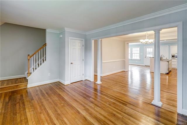 2-Story, Cape, Colonial, Single Family - Richmond, VA (photo 3)