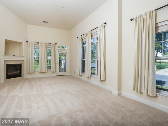 Townhouse, Contemporary - LAUREL, MD (photo 5)