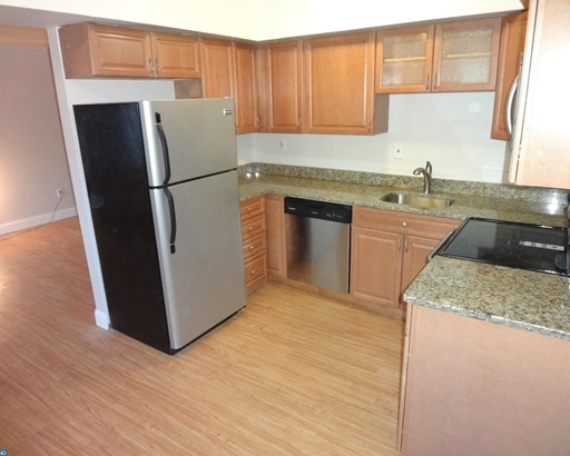 Row/Townhouse/Cluster, EndUnit/Row - BROOKHAVEN, PA (photo 1)