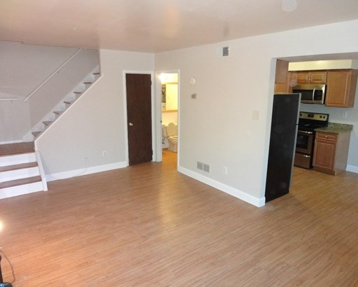 Row/Townhouse/Cluster, EndUnit/Row - BROOKHAVEN, PA (photo 4)