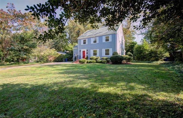 Colonial, Single Family - Newport News, VA (photo 2)