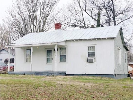Cottage/Bungalow, Single Family - Petersburg, VA (photo 1)