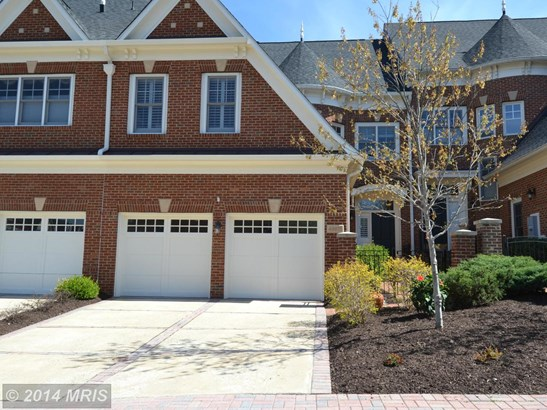 Townhouse, Colonial - LEESBURG, VA (photo 1)