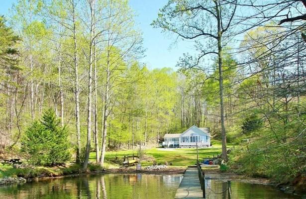 Residential, Contemporary - Goodview, VA (photo 2)