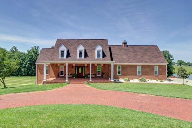 Cape Cod, Single Family Residence - Forest, VA (photo 1)